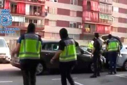 [VÍDEO] Así detienen en Barcelona a un hombre por enaltecimiento y apoyo a los yihadistas