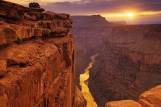 El oscuro misterio del Gran Cañón: Un suicida burla la barrera de seguridad y salta al vacío, pero nadie encontra su cuerpo