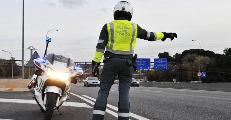 Muere atropellado un guardia civil que ponía una multa en la A-1 de Madrid a Burgos