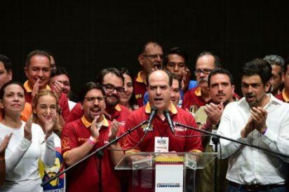 """La oposición venezolana anuncia que conformará un """"Gobierno de unión nacional"""""""