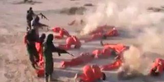 Libia: La bestial ejecución 'oficial' de 18 terroristas del ISIS