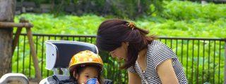 Este es el duro motivo por el que nacen pocos bebés en Japón