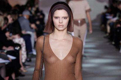 El desnudo integral Kendall Jenner sube la temperatura en la red