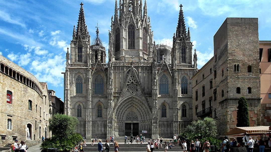 """La CUP pide """"expropiar y socializar"""" la catedral de Barcelona"""