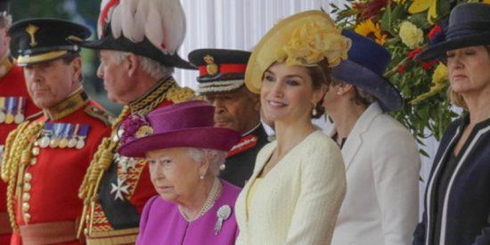 """La prensa inglesa alaba el """"acto más hábil"""" de la Reina Letizia en los últimos años"""
