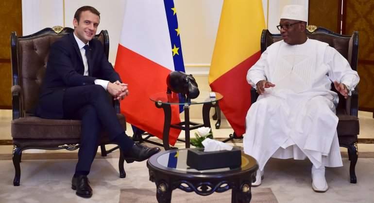 Macron propone a los países del Sahel cooperar con Francia para machacar a los terroristas