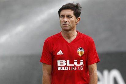 Marcelino 'corta' las tres primeras cabezas del vestuario del Valencia antes de salir de gira