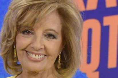 Teresa Campos anuncia su regreso a televisión al recibir la medalla al Mérito en el Trabajo