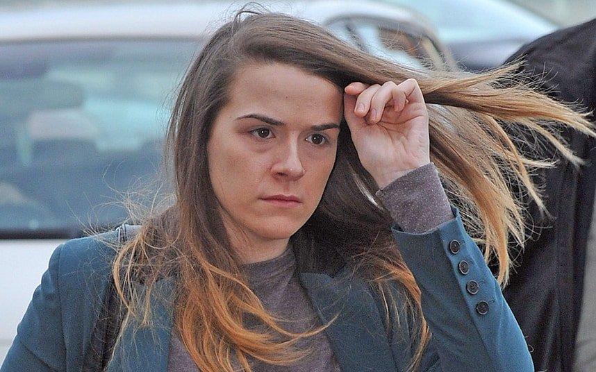 Seis años de cárcel por abusos sexuales haciéndose pasar por un hombre