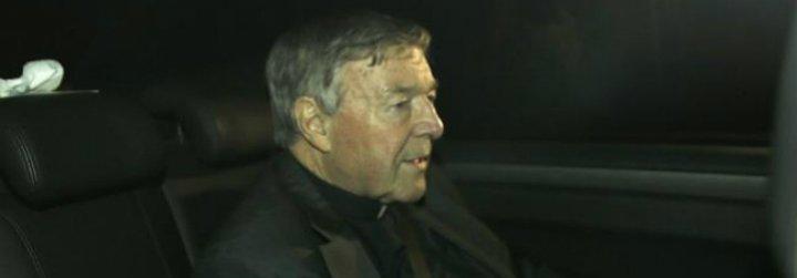 El cardenal Pell gastará más de siete mil euros al día en su defensa de cargos de abusos sexuales