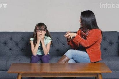 El polémico vídeo de los padres progres explicando a sus hijos cómo masturbarse