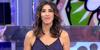 El increíble 'topless' de Paz Padilla tirada en plancha sobre su marido
