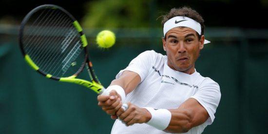 Rafa Nadal sube a la red y se merienda a Young