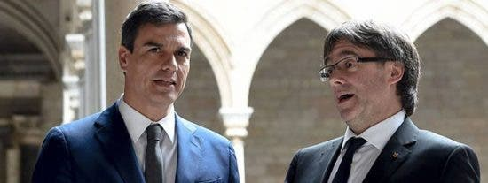 'Zasca' tremebundo de El País a Pedro Sánchez por cobardear con la tribu separatista de 'Cocomocho'