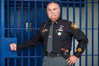 Según el Sheriff del Condado de Butlerde la solución de la sobredosis podría estar en dejar morir a las personas