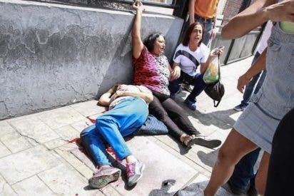 Las balas del chavismo como respuesta a la consulta opositora en Venezuela