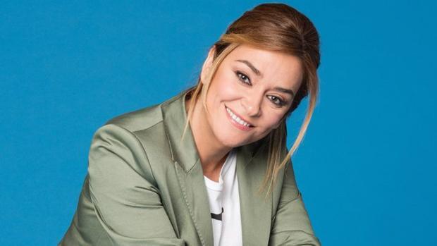 El 'morreo' con petición de matrimonio de Toñi Moreno a Rosa López