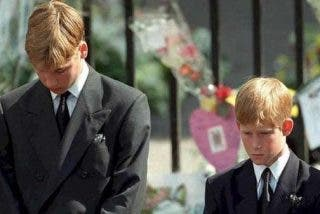 El remordimiento de los príncipes William y Harry por la última llamada de Lady Di