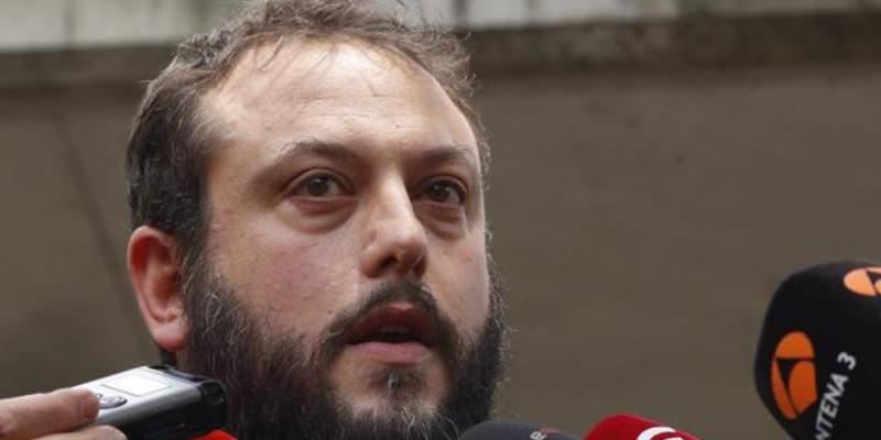 El concejal Zapata se da de baja de Podemos porque le quieren 'mangar' parte del sueldo