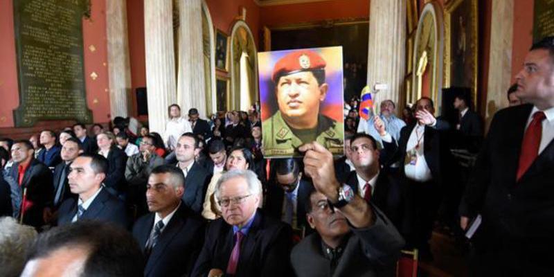 Los sicarios chavistas se instalan en la Asamblea para consumar el golpe de Maduro