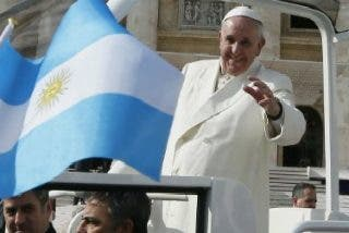 "Jorge Costadoat sj: ""Este Papa ha sido elegido para reformar la Curia romana"""
