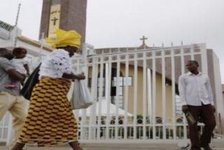 Doce muertos en un ataque contra una iglesia católica en Nigeria