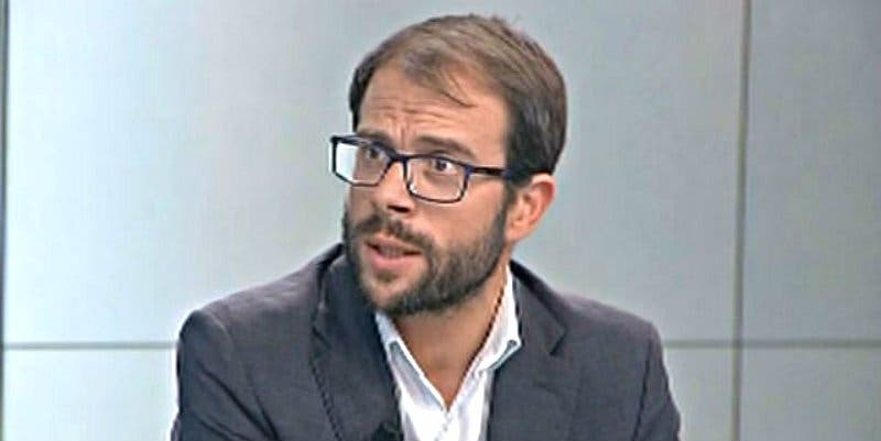 Las dudas del 'plurinacional' Pedro Sánchez sobre el futuro del PSOE de Madrid