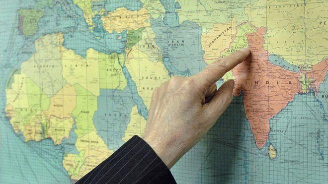 El hombre que trazó una línea y dividió a dos países (que ni conocía)