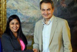 """La amiga de Zapatero se burla del expresidente Macri y termina 'linchada' en las redes: """"Asesina, descerebrada, lumpen"""""""