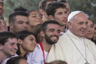 """Francisco vuelve a alentar a los jóvenes: """"Podéis mejorar el mundo, dejar una huella que marque la historia"""""""