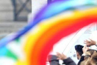 El Papa Francisco felicita a una pareja gay por el bautismo católico de sus tres hijos