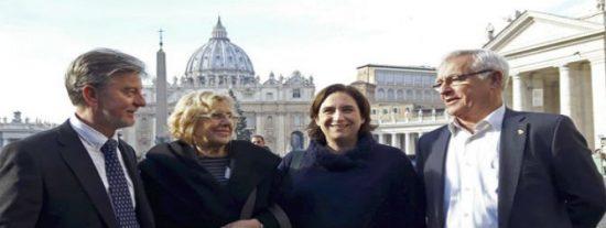 Colau viola el protocolo municipal y censura la misa en el programa de fiestas de la Merced