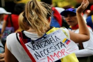 "La Santa Sede pide que ""se evite o se suspenda"" la Constituyente venezolana"