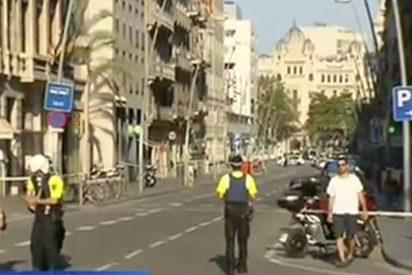 Los Mossos piden a la gente que no salga de casa y alejan a los periodistas del lugar de los atropellos