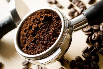 [VÍDEO] Si ves este vídeo no volverás a tirar a la basura los restos del café