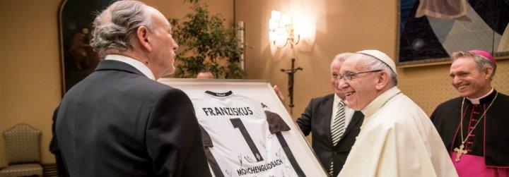 """El Papa recibe a jugadores del Borussia Mönchengladbach y les anima a ser """"atletas de bien y de paz"""""""