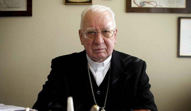 Medina se entremete en el debate sobre el aborto y la visita del Papa