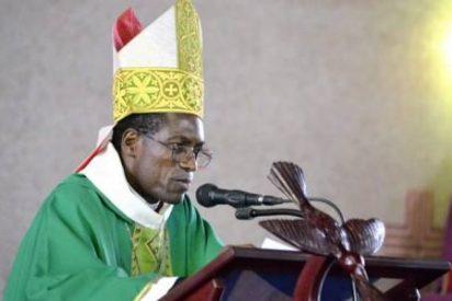 Profanan la tumba del obispo de Bafia