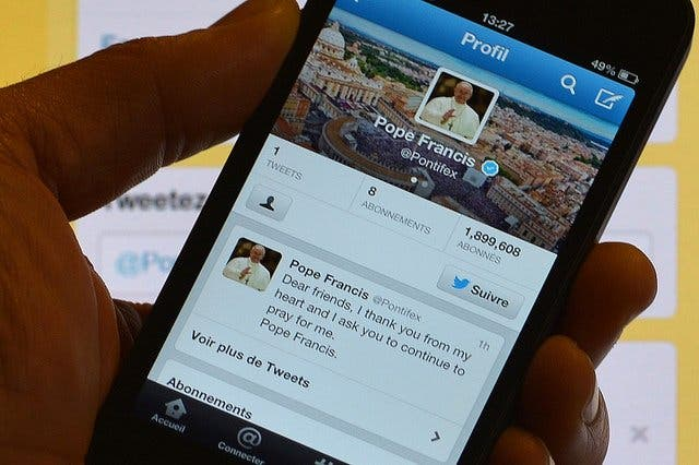 El Papa suma un millón de seguidores en Twitter en 19 días