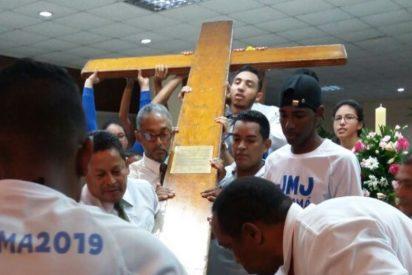La cruz de la JMJ y el Icono de la Virgen llegan a México