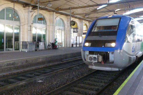 Incidente con hombre armado en la estación de trenes de Nimes