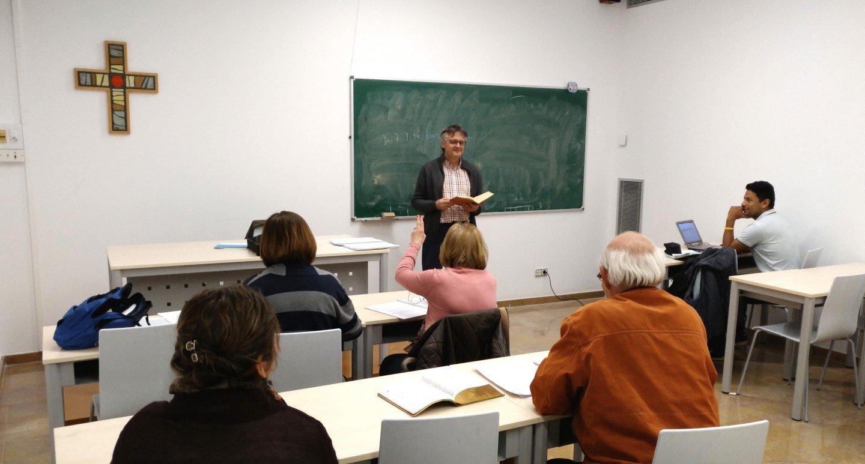 Primer curso de la Licenciatura en Teología Catequética en el CRETA