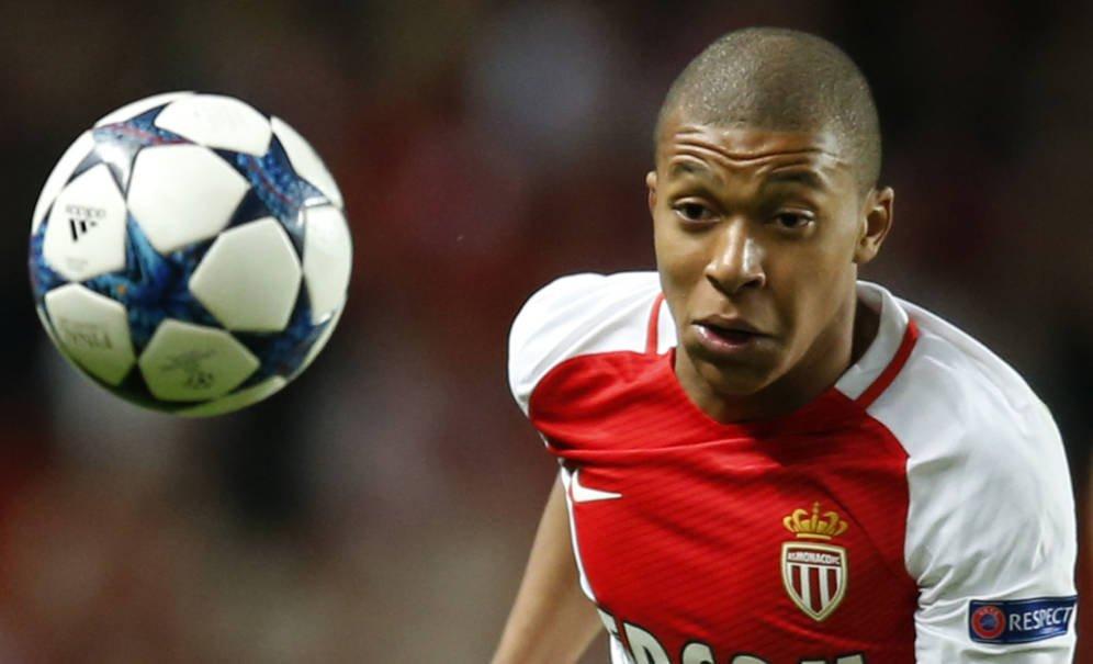 Mbappé descuelga el teléfono: pone una condición para fichar por el Madrid (Florentino se lo piensa)