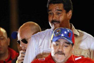 El drogadicto Maradona se ofrece como 'soldado' al narcotraficante Maduro