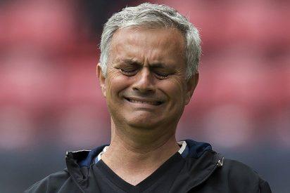 Mourinho envía un mensaje contundente a su plantilla tras perder la Supercopa (les dejó alucinados)
