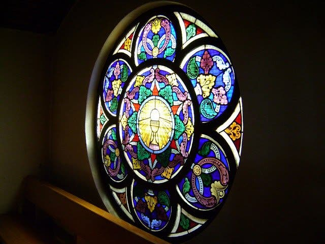 Deificación de la Iglesia, una cripto-herejía histórica