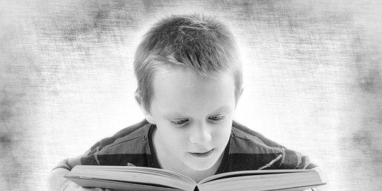 Con este curioso truco, una madre obliga a sus hijos a leer