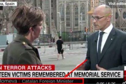 """Nuevo ridículo de la CNN: rotula a Romeva como """"ministro catalán de Exteriores"""""""