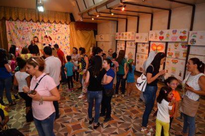 """860 niños de Alepo disfrutan de un verano """"inolvidable"""" y sin miedo"""