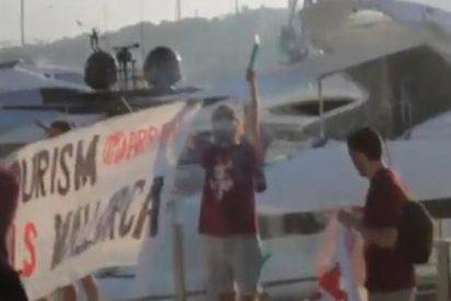 Los facinerosos de la CUP atacan yates y un restaurante en Mallorca en su campaña contra el turismo